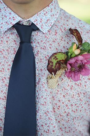 Mariage champêtre - The Men Times par Faubourg Saint Sulpice - Photo: Greta Kenyon Of Vela Images